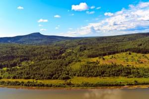 Вид на гору Полюд с Ветлана