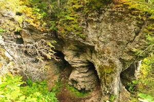 Камень Череп на скала Пехач