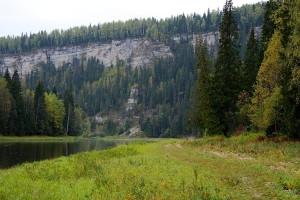 Скалы Столбы - высота 140 метров