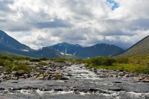 Главная вершина Урала все ближе