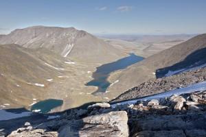 Межгорная долина с озером Голубое