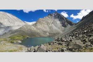 Озеро Горных духов под горой Белуха